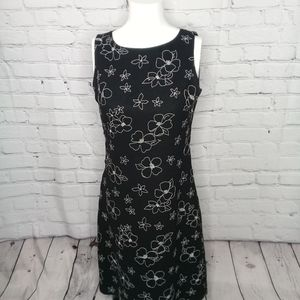 Casual Corner blk floral embroidered dress Sz 4